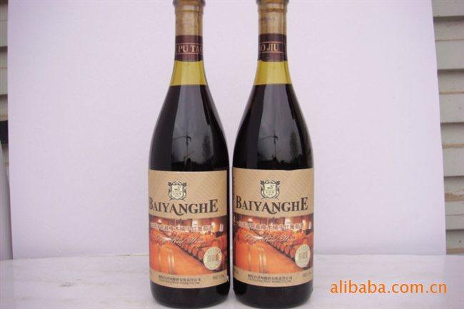 白洋河窖藏橡木桶干红葡萄酒