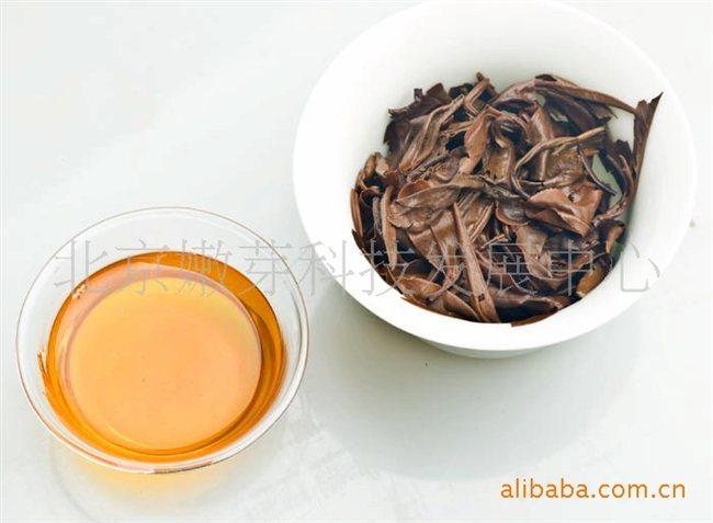 冷冲泡:4克茶叶泡600毫升常温的水,冷藏6-8小时后可饮用.