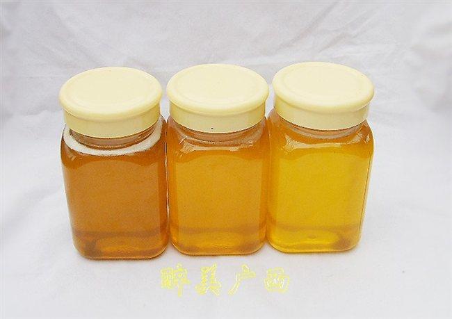 结晶后的荔枝蜜,当温度合适的时候结晶细腻如油脂