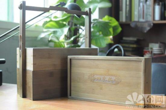张德隽给记者简单算了一下天价汤包的成本:礼盒的外包装用竹子做成图片