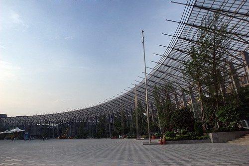 成都世纪城新国际会展中心一角 -第88届春季糖酒会各种联系方式一览