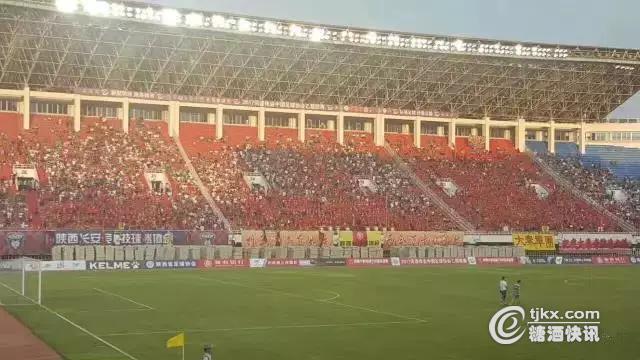 长安竞技足球扛起陕西足球的大旗,为的是给球迷带来精彩的比赛,为家乡